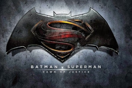 New Batman v. Superman Trailer Revealed at SDCC [VIDEO]